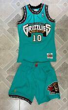 Mitchell & Ness Vancouver Grizzlies swingman jersey (size M) + shorts (size L)