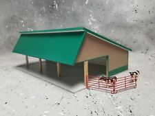 1/64 farm Custom scratch cattle shed building green roof tan sides
