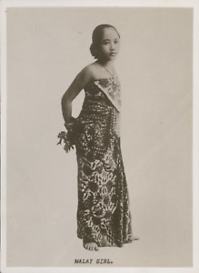 Asie, Singapore, Jeune fille Malay en costume typique, ca.1910, Vintage silver p