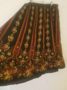 Vintage Boho Black Red Green Floral Maxi Skirt Size 16 Prairie Gypsy Peasant