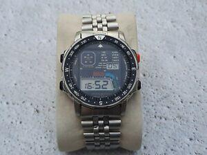 Citizen Wind Surfing D060-086953 Alarm Chronograph Digital Display Vintage Watch