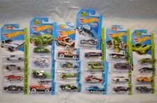 Hot Wheels City and Workshop 2015 Lot of 25 Cars Cockney Cab Corvette Charger