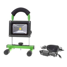 Mobiler Lichtfluter mit 1 COB LED, grün, 10 Watt, 800 Lumen, inkl. Akku, Filmer