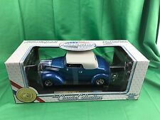 1937 Ford Converible Die Cast Metal Classic Collection 1:18 Baby Blue