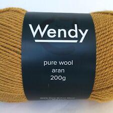 700g cone of Light Brown 100/% Pure Wool British Breed knitting thick aran BBW338