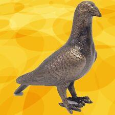 Taube Eisen Pokal Figur Vogelskulptur Geschenk Tisch  Deko in Vintage Ästhetik