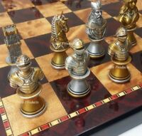 """MEDIEVAL TIMES KNIGHTS BUSTS GOLD SILVER Chess Set W/ 18"""" Cherry Color Board"""