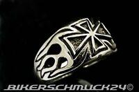 Ring Eisernes Kreuz seitliche Flammen massiv Edelstahl Biker Herren Geschenk NEU