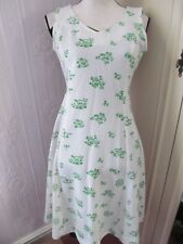 vintage c&A white green fit and flare floral dress 36 bust