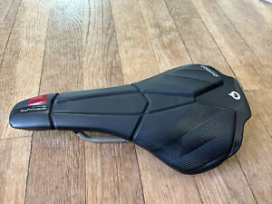 Prologo Scratch M5 AGX Short Nose Saddle Tirox Rail 140mm