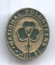 IRISH  NATIONAL VOLUNTEERS BADGE(SHAMROCK) 1916-1921