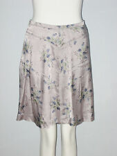 FEMME DE CARRIERE Size 36 Women's Light Purple Floral Skirt (Made in Canada)