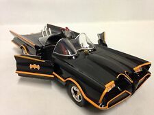 1966 Classic TV Series Batmobile  METALS 1:24 Diecast Jada Toys