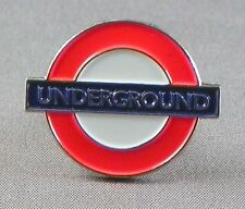 UNDERGROUND - LAPEL PIN BADGE - METRO SYSTEM TRANSIT SYSTEM TUBE TRAINS 229