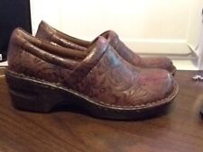 BOC Born Concepts Women's Clogs Mules Brown Leather Print Size 8