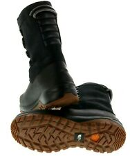 The North Face Yukiona Mid Boots - Women's size 7 retails $160