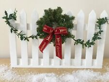 Miniature 1:6 Painted Wood Fence Christmas Accessory For Carolers, Decor - Mint