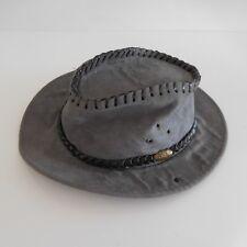 Chapeau de cowboy en cuir végétal vegetable leather hat vintage art déco France