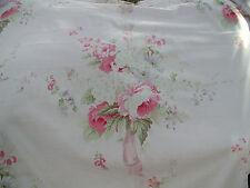 Yuwa Vintage Look groß Rose Blumen auf blassrosa Baumwollmaterial BTY