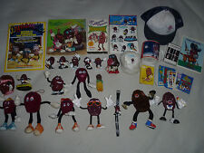 VINTAGE CALIFORNIA RAISINS LOT FIGURES HAT WATCH CARDS EARMUFFS BENDABLES MUG >>