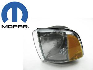 55077033AC  Parking Light Side Marker Light Left Front Left Mopar 55077033AB