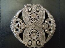 Boucle ceinture métal argenté ciselé décor fleurs coquille 19ème