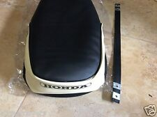 Honda C70 Passport 1980-1981 Brand New seat cover and strap  A46