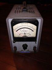 HP 400h Vacuum Tube Volt Meter (VTVM) Hp 112-66 1051 Model
