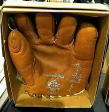 Vintage AUGIE GALAN Montgomery Ward glove w/ box CHICAGO CUBS Dodgers , unused