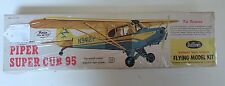 Vintage Flying Model Kit - Piper Super Cub 95