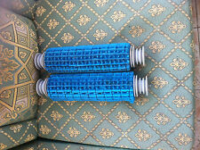 les 2 Brosse lamelle bleu ou noir  complet pour robot piscine ZODIAC Indigo