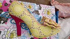 Irregular Choice Mal E Noeud Rose jaune 40/6.5/7 Brand New Boxed