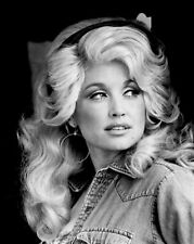 Dolly Parton Nashville Country Music Singer Legend Black And White 8x10 Picture