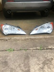 2012 Hyundai Genesis OEM head lights