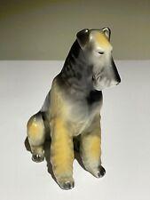 Hollohaza 1831 Markenporzellan aus Ungarn Groß Foxterrier Hund sitzend Hungary