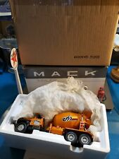 FIRST GEAR MACK MODEL-R CEMENT MIXER 19-2623 EVANSTON 1/34 DIECAST BEAUTIFUL