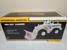 International IH 560 Pay Loader - White - First Gear 1:25 Scale #49-0108 New!