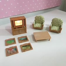 Sylvanian Families LIGHT UP TELEVISION TV ARMCHAIRS AND TABLE