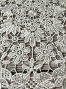 1 Pc Lace Round Embroidery table place mat Christmas pad Cloth placemat cup mug