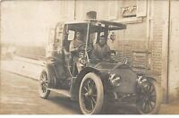 TRANSPORT .n°54463. automobile. carte photo.
