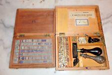 """Ancien coffret en bois avec lettres d'imprimerie """"Mignonne"""" + coffret de lettres"""