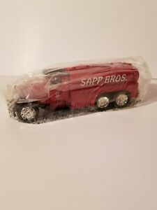 ERTL 1930 Diamond T Tanker Truck Bank Sapp Bros New in Original Box