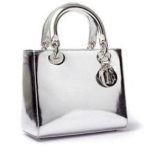 Lady DIOR sac intermédiaire en Miroir d'Argent Chrome en Cuir Argenté (sold out très rare)