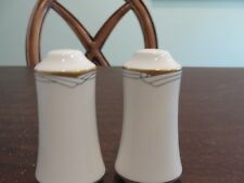 NORITAKE GOLDEN COVE SALT AND PAPPER SET
