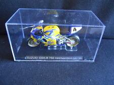Die Cast Model Moto 1:24 SUZUKI GSX-R 750 Pierfrancesco Chili 2001 [N3-72 ]