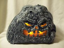 DECORATIVE ELECTRONIC HALLOWEEN ROCK WITH LIGHTS AND SOUNDS GUC