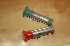 lot de 2 anciennes petites lampe de poche type Milor wonder....