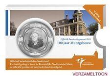 NEDERLAND 5 EURO  2011: MUNTGEBOUW VIJFJE IN COINCARD MET BOEKJE