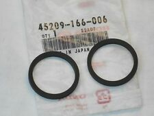 45209-166-006 NEW (2) HONDA BRK CALIPER PISTON SEAL CB650SC VF500 VT1100C GL1100
