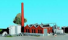 More details for kibri 36764 z shed hall with chimney and fuel tanks new